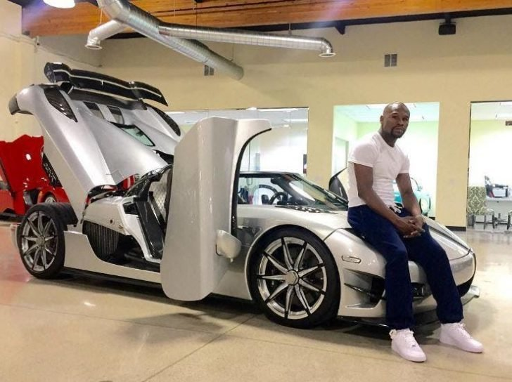 According to sources, there were only two units of  Koenigsegg CCXR Trevita produced at that time, and Mayweather became one of the lucky pioneer owners of this rare car.
