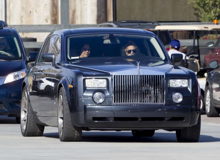 Lady Gaga has a strange fascination with classic cars as she bought another Rolls Royce Phantom.