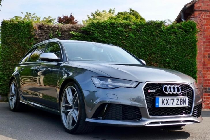 The royal couple tends to drive with Audi RS6 Avant whenever they go out on dates.