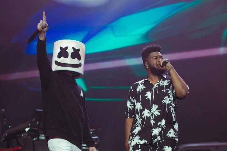 """Khalid left a stunning impression as he shared the stage and set with fellow Coachella first timer, Billie Eilish, and they performed the spine-tingling song """"Lovely."""""""
