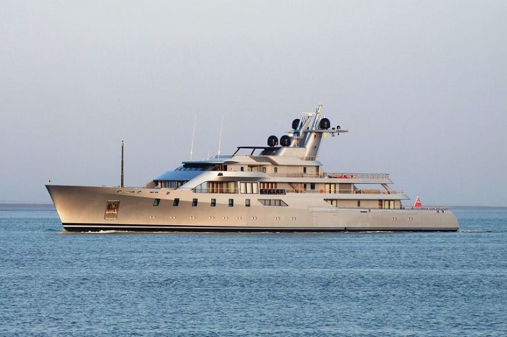 pacific-yacht-1